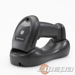 Сканер штрих-кодов Zebra LI4278 LI4278-TRBU0100ZER черный Сканер LI4278 USB KIT,GUN,SCRDL,7'CBL,BLK,EM - фото 2671649